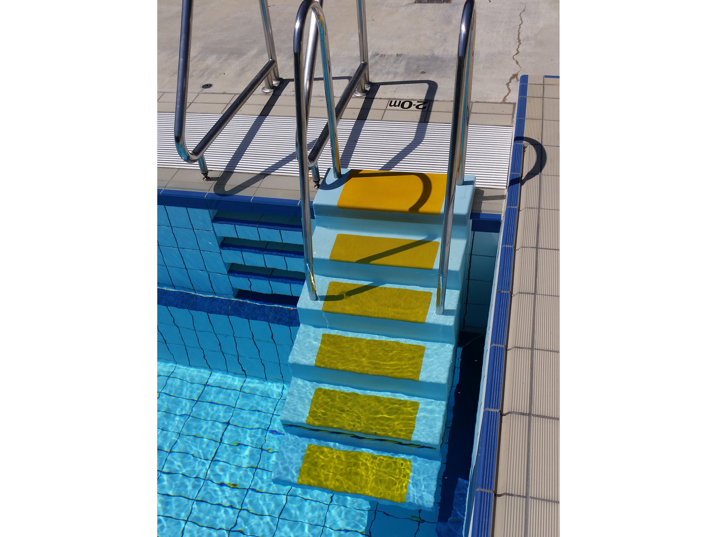 Mobile Aquatic Stairs